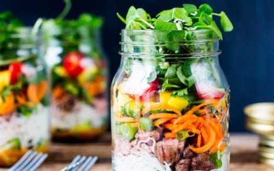 Como tornar a alimentação da semana prática e saudável