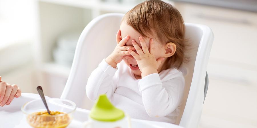 Criança tem que limpar o prato. Será?