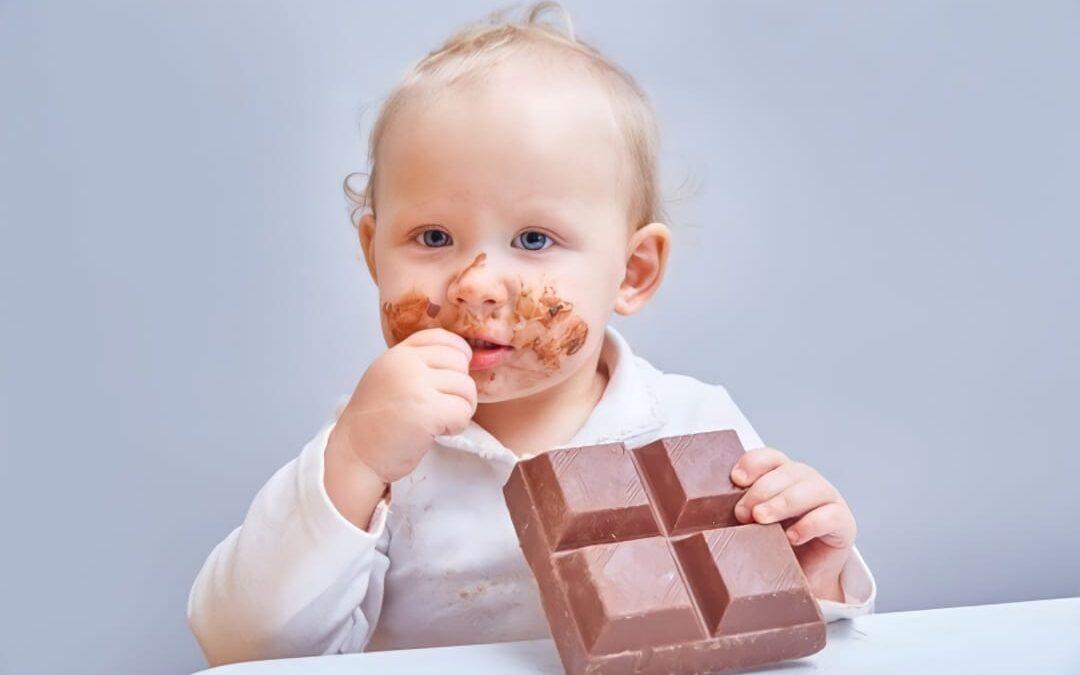 Por que não devemos oferecer açúcar para bebês?